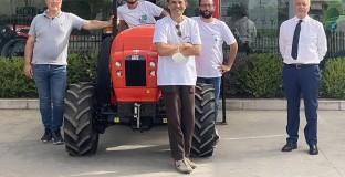 SAME consegna un trattore alla Cooperativa Semi di Vita